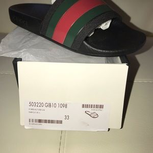 Other - Gucci sandals